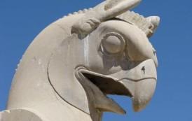 هما، سیمرغ افسانهای ایران باستان :: مهدی چلانی